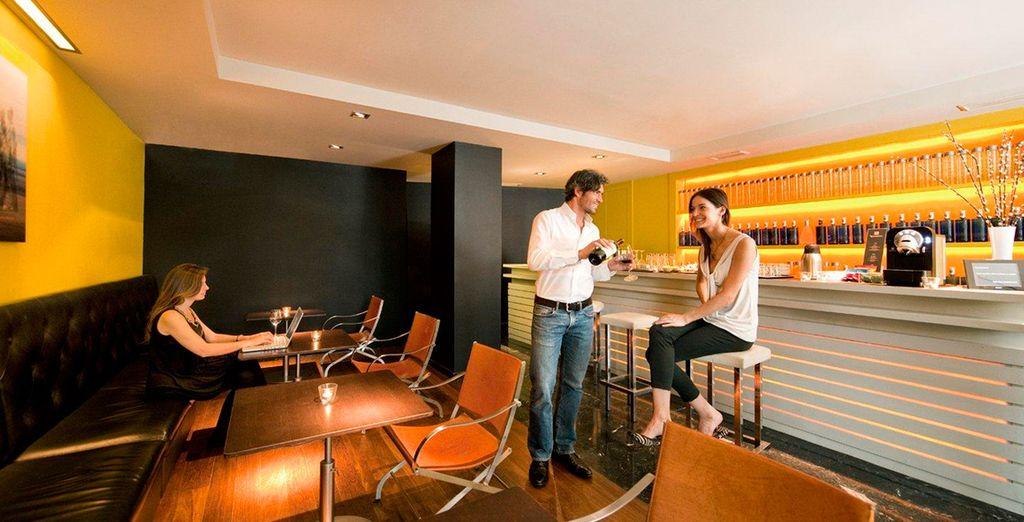 Bar cafetería, dispondrás de café y zumos de cortesía