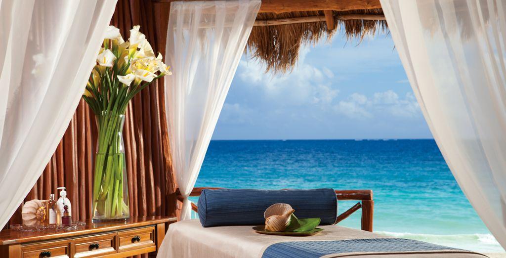 Profitez de la vue merveilleuse sur les eaux azurées... - Hôtel Now Sapphire Riviera Cancun 5* Puerto Morelos