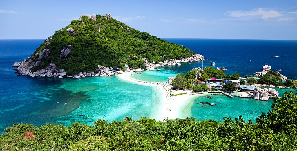 Partez aussi à la découverte des îles environnantes comme Nang Yuan