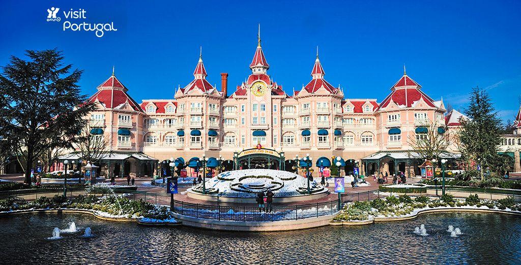 Bienvenue à Disneyland® Paris - Disneyland® Hotel 5* Disneyland Paris