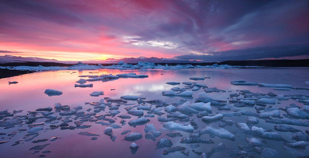 Discover a natural marvel - Winter Northern Lights Spa Getaway 3* Reykjavik
