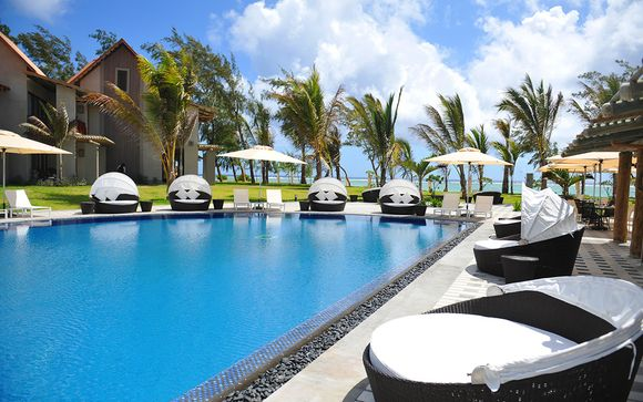 Maritim Crystals Beach Resort 4*