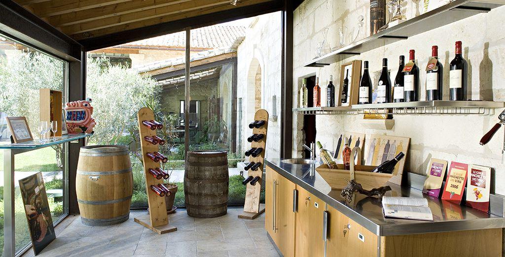 Oder einen Aperitif an der Weinbar genießen