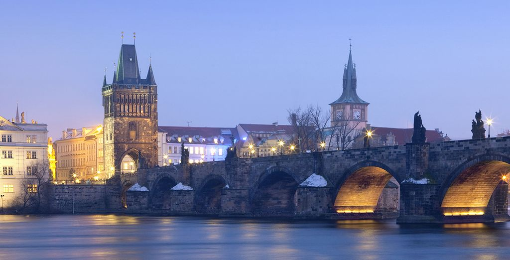 Besuchen Sie die berühmte Karlsbrücke