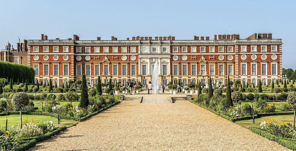 Verbringen Sie einen sonnigen Morgen damit den Hampton Court Palace zu erkunden