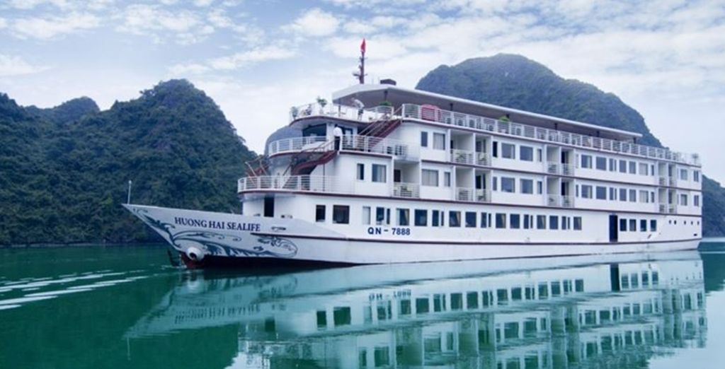 Kommen Sie an Bord der Huong Hai Sealife Cruise