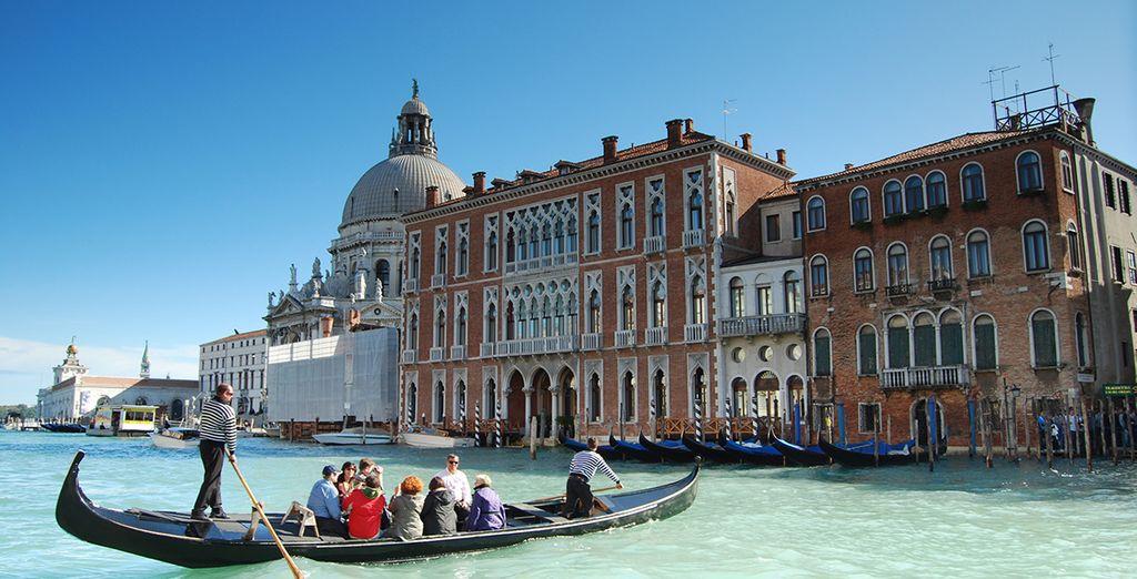 Sie werden einen romantischen Aufenthalt in Venedig verbringen
