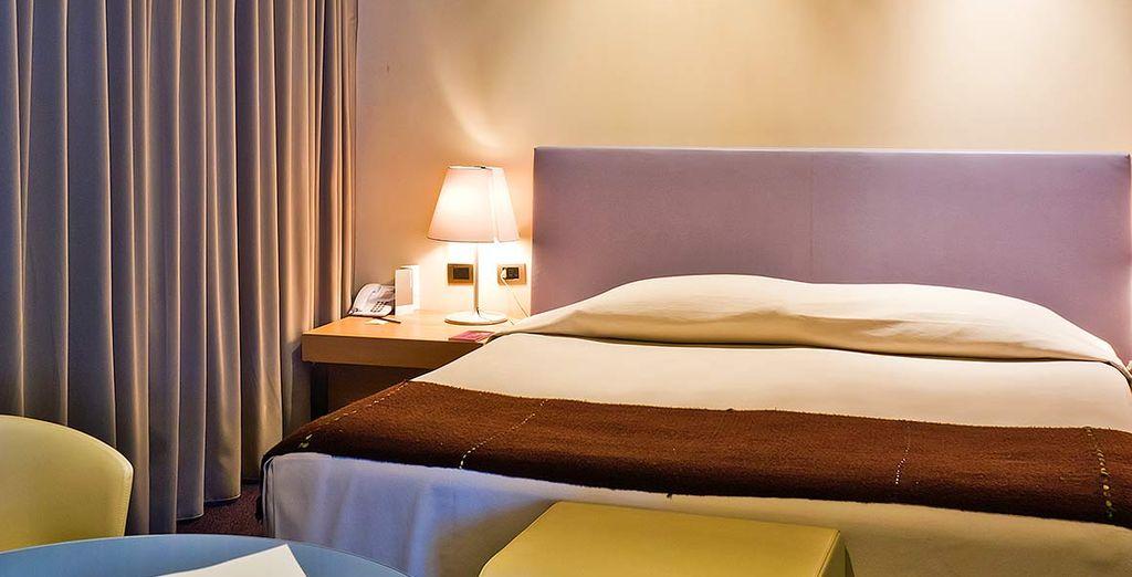 In dem Sie in einem komfortablen Deluxe Zimmer übernachten werden