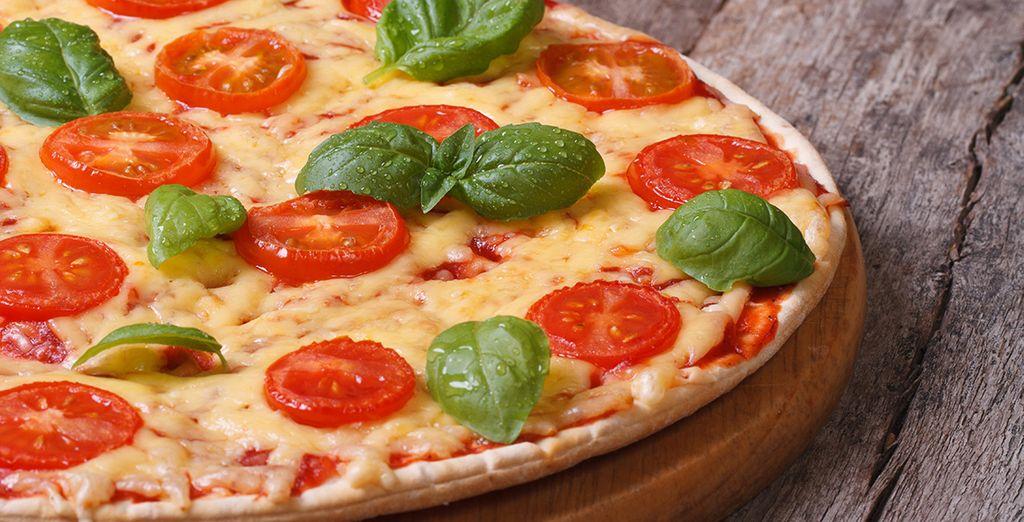 Lassen Sie sich nicht die berühmte neapolitanische Pizza entgehen