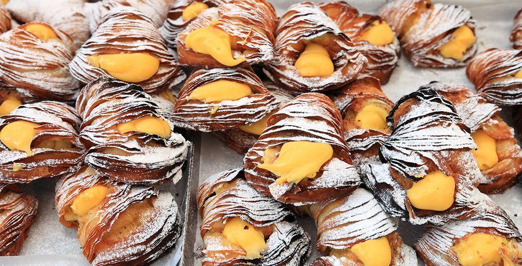 Oder Sfogliatella, eine typische Süßigkeit!