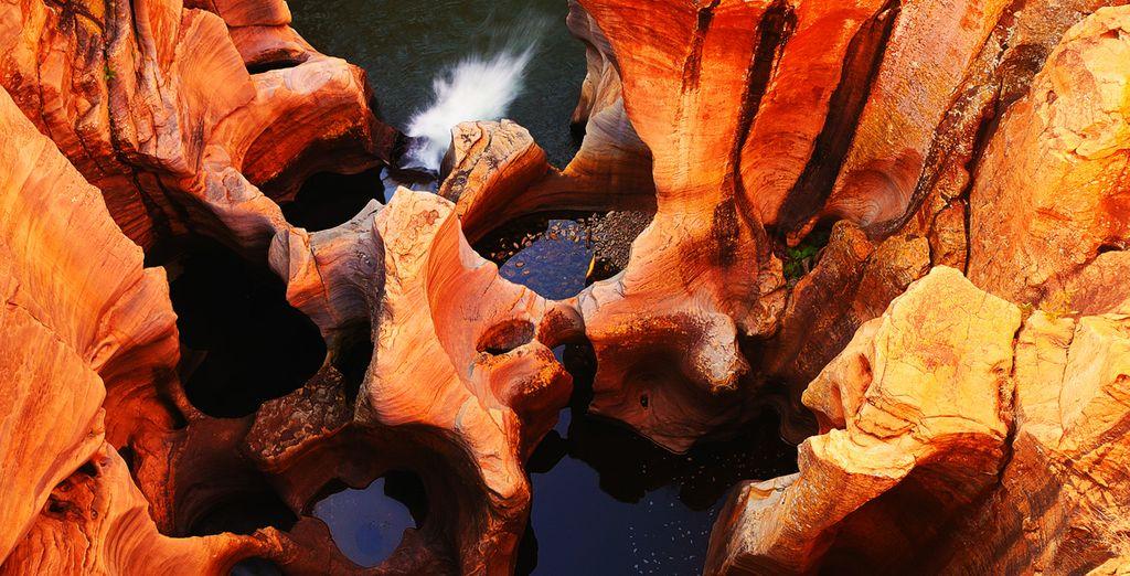Erkunden Sie den Blyde Canyon und seine kräftigen Farben...