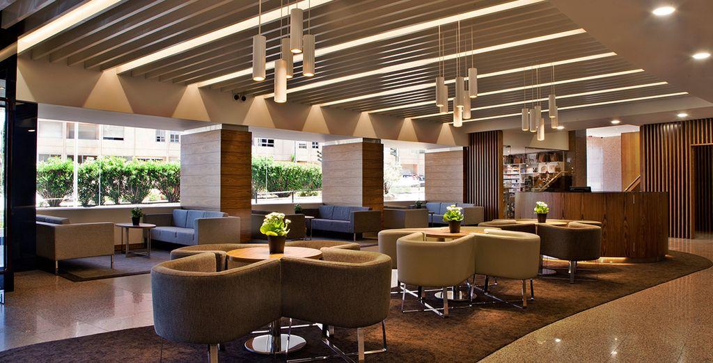 Genießen Sie Ihren Aufenthalt im zeitgenössischem Stil im Olaias Park Hotel