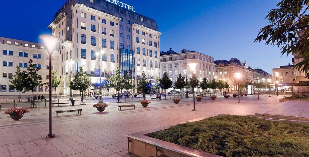Übernachten Sie in modernen Hotels in bester Lage, wie hier im Hotel Novotel Vilnius Centre