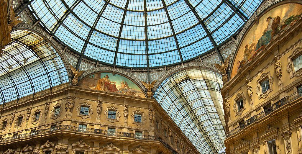 Kaufen Sie Designerware im Galleria Vittorio Emanuele II