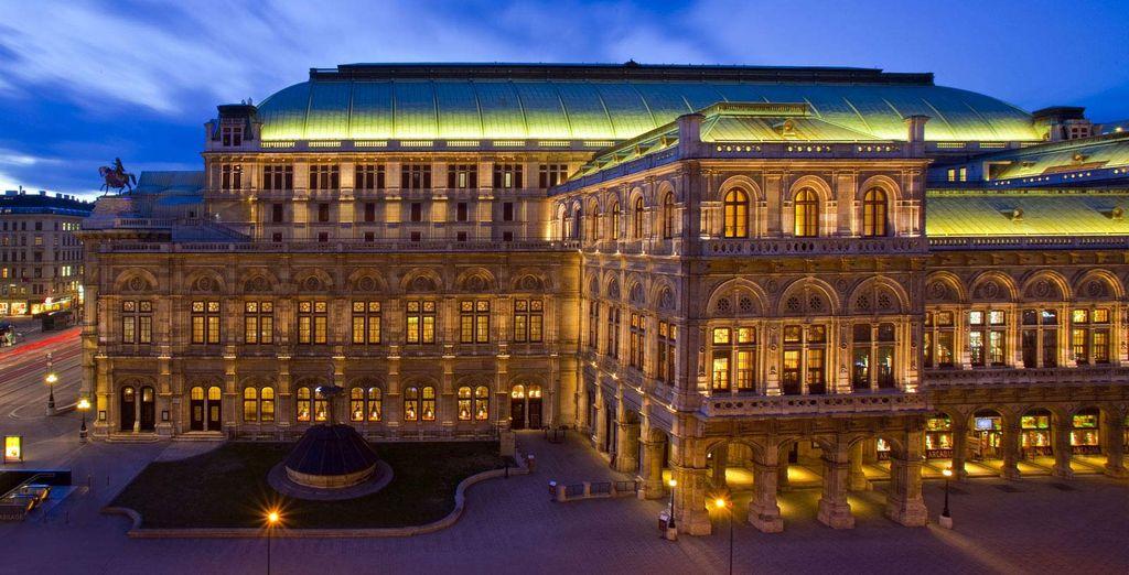 Das Hotel liegt gegenüber der Wiener Oper