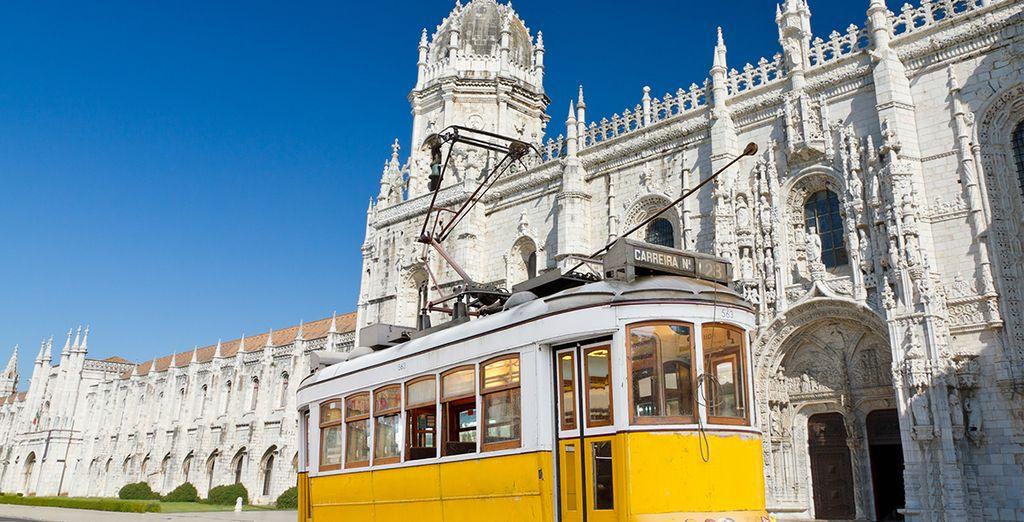Machen Sie eine Fahrt mit der berühmten gelben Straßenbahn