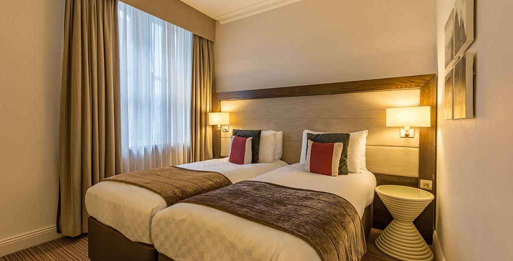 ... mit 1 großem Doppelbett oder 2 getrennten Betten...