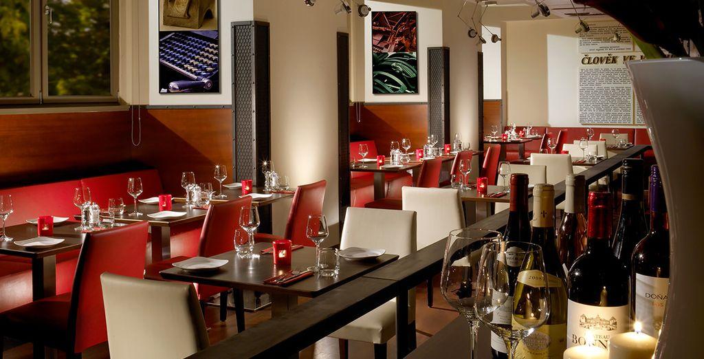 Testen Sie das Restaurant für ein Abendessen