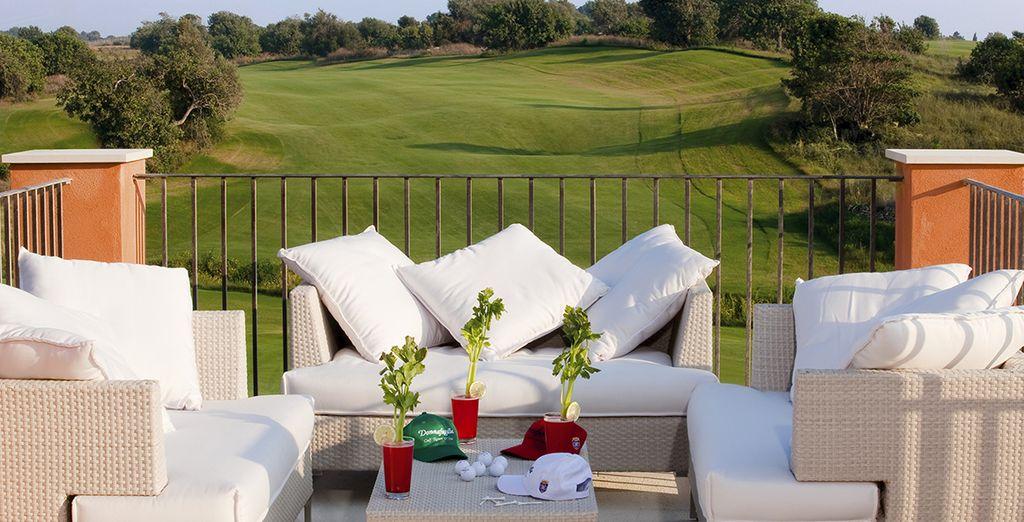 Genießen Sie die Aussicht auf den Golfplatz