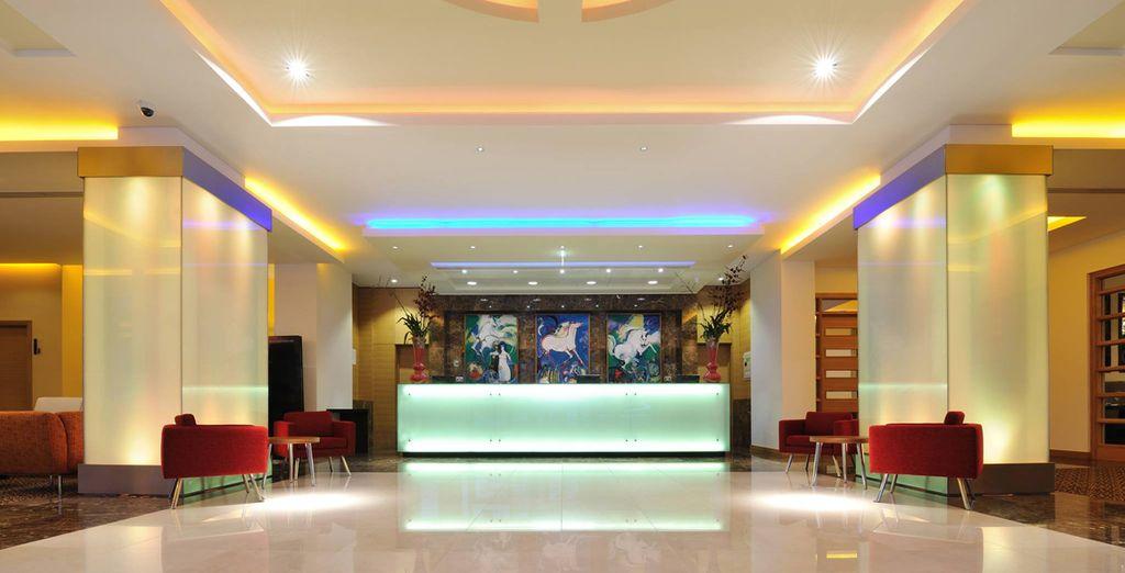 Es erwartet Sie ein modernes Hotel mit markantem Design