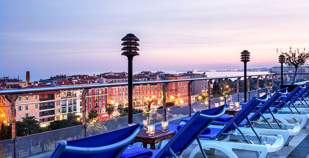 Willkommen im Hotel Aston La Scala in Nizza!