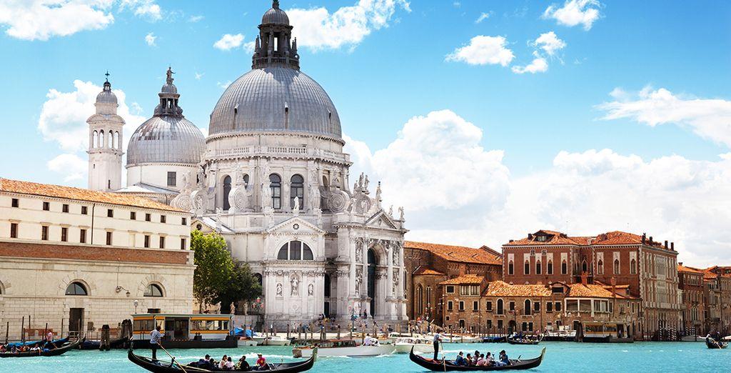 Wir wünschen Ihnen einen schönen Aufenthalt in Venedig!