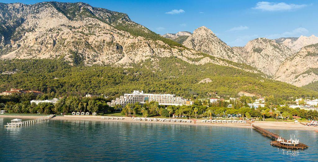 Erkunden Sie Antalya und seine weißen Sandstrände mit Voyage Privé.