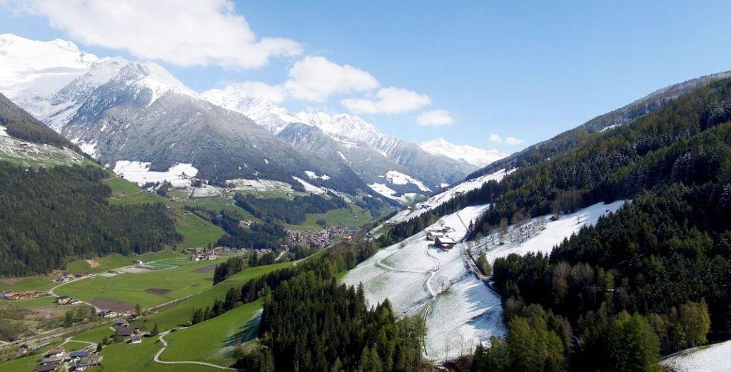 Südtirol erwartet Sie zu einem außergewöhnlichen Urlaub im Sommer und Winter.