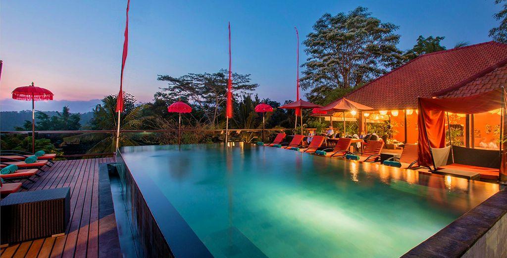 Buchen Sie das luxuriöse Hotel The Sintesa Jimbaran auf Voyage Privé