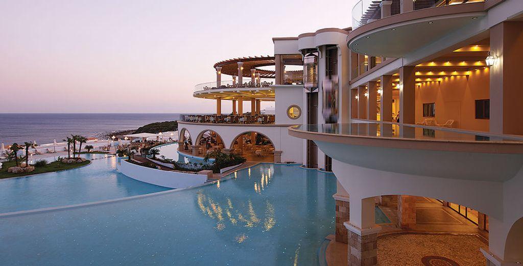 Atrium Prestige Thalasso Spa Resort & Villas 5* mit Voyage Privé