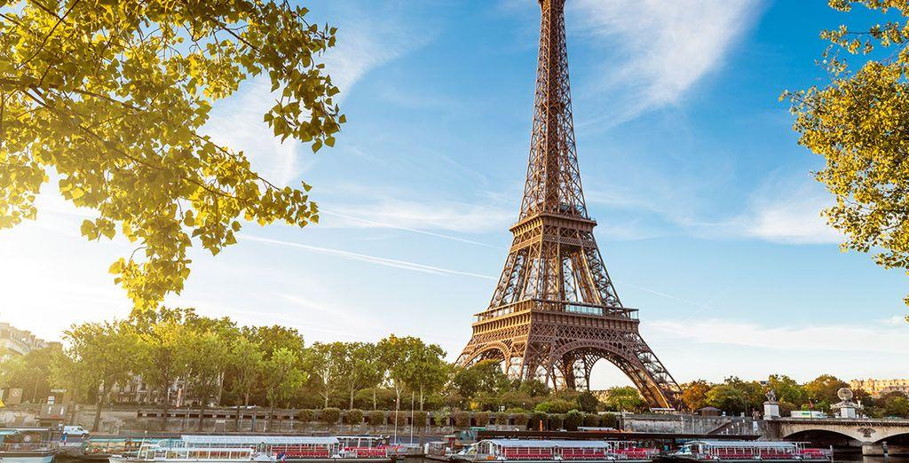 Entdecken Sie den prächtigen Eiffelturm