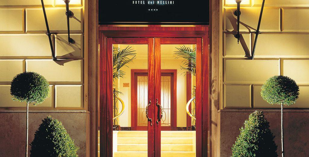 Herzlich willkommen im stilvollen Hotel Dei Mellini 4*
