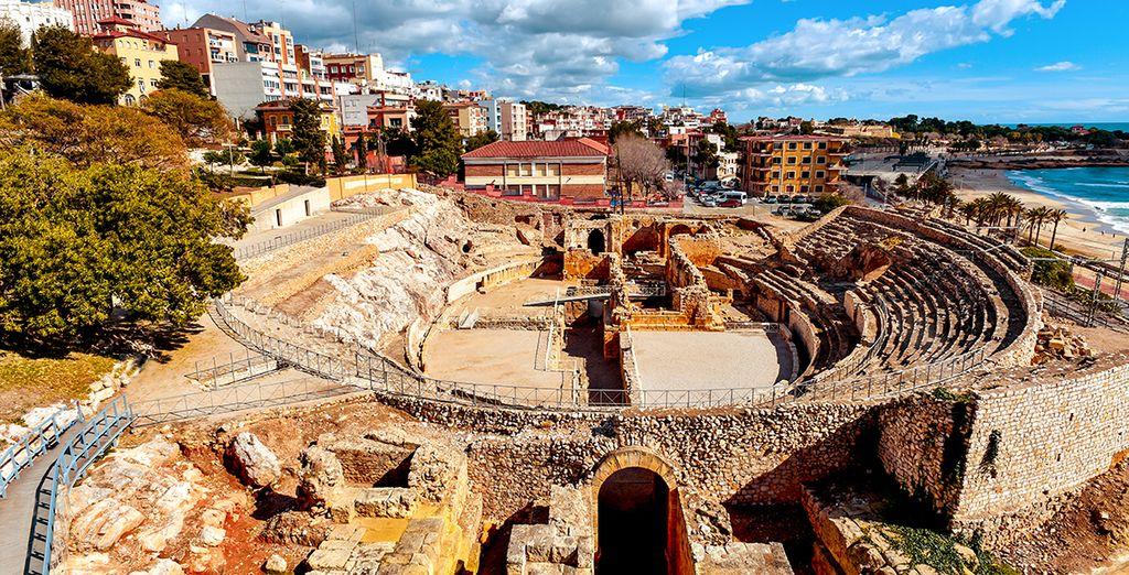 Besuchen Sie das 20 km entfernte Tarragona für ein bisschen Kultur