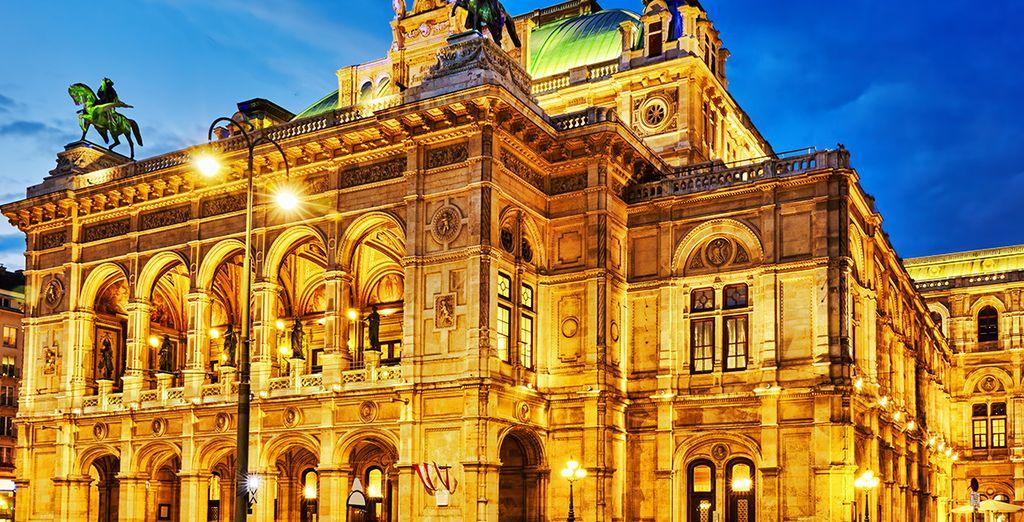 Nehmen Sie auch unbedingt an einem Konzert im Burgtheater teil