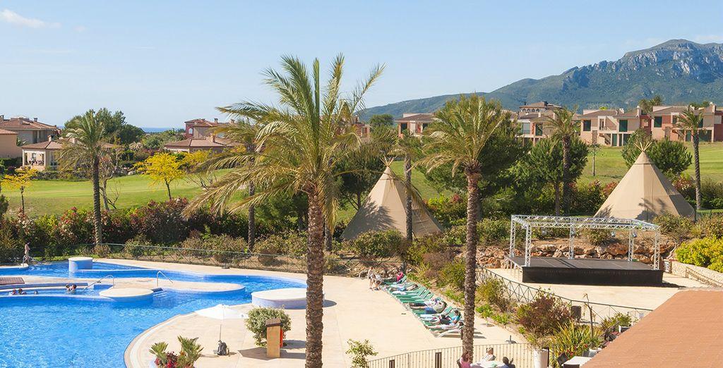 Willkommen im sonnenverwöhnten und familienfreundlichen Resort