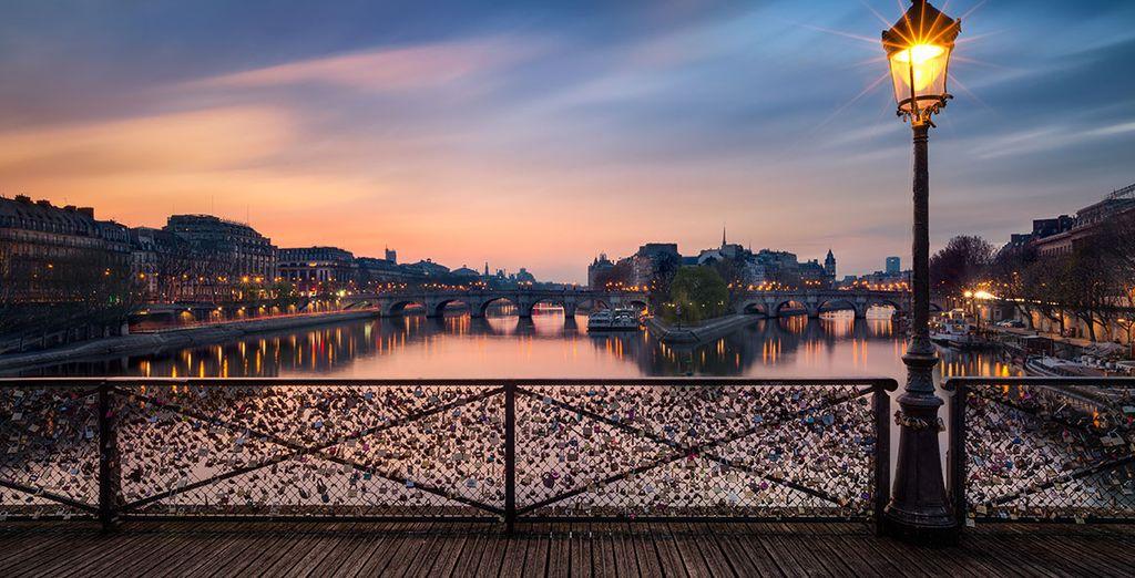 Wir wünschen Ihnen einen wunderschönen Urlaub in Paris!