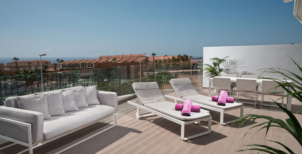 Con una cómoda terraza