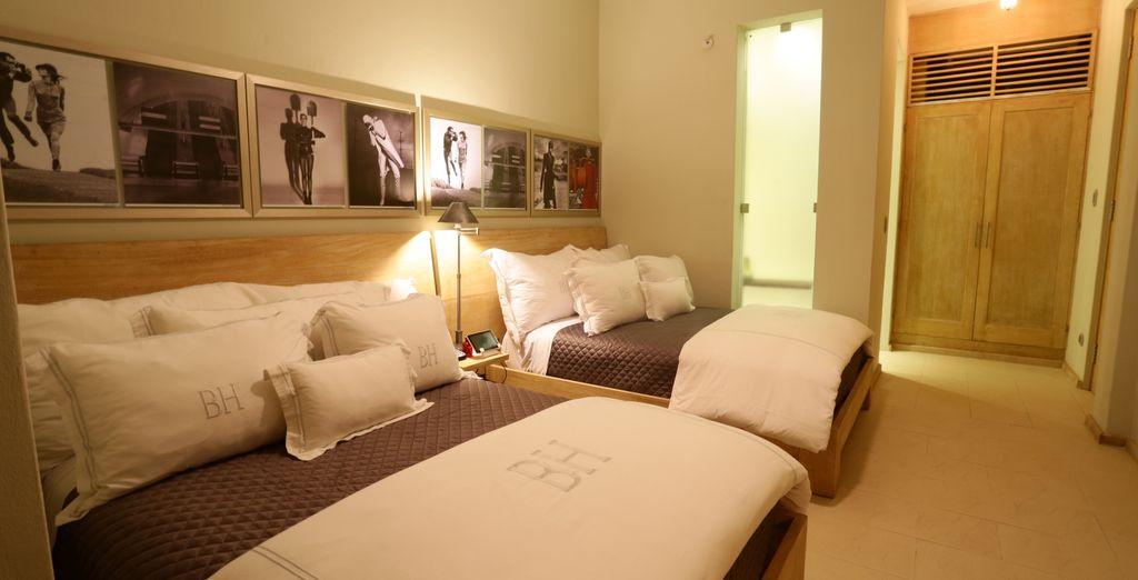 Disponible como habitación completa, cuenta con dos camas dobles