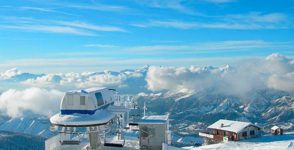 Esquía en la estación de Presolana-Montepora, gracias a los precios especiales en Ski Pass y equipación de esquí