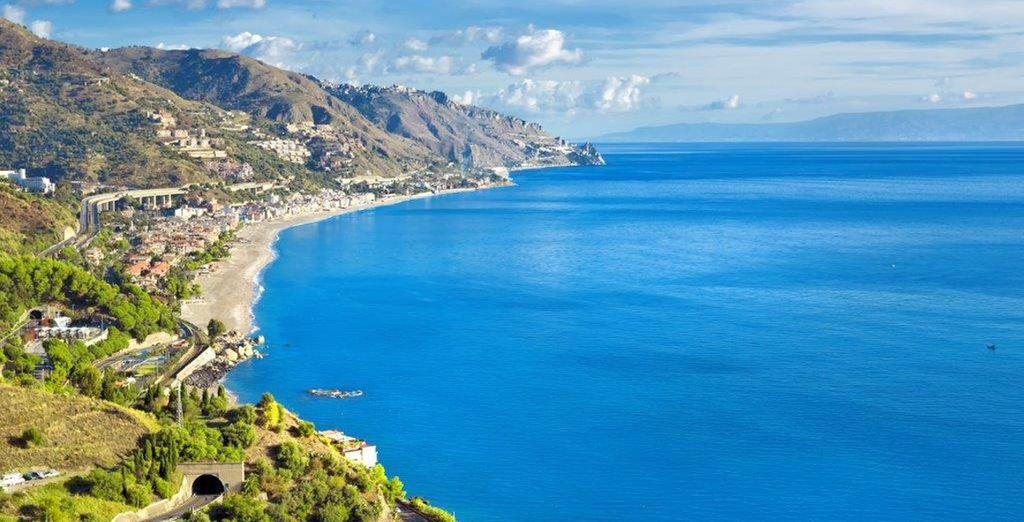 Maravíllate con el azul del Mediterráneo