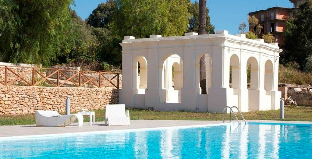 El hotel Villa Calandrino está situado a pocos pasos del centro histórico de Sciacca y las playas más bonitas de la zona