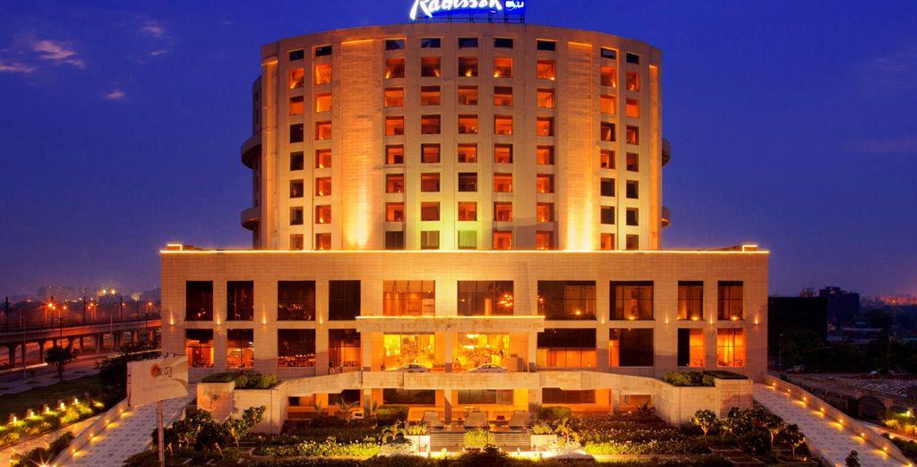 En Delhi se alojará en el hotel Radisson Blu Hotel New Delhi Dwarka 5*