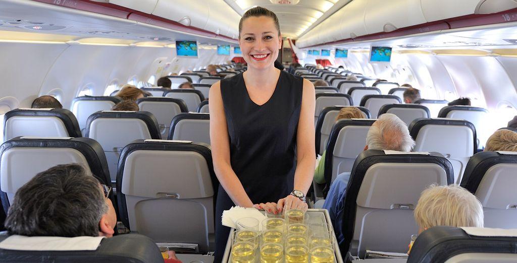 """En los vuelos internacionales se ofrece un menú """"Descubra la cocina griega"""""""