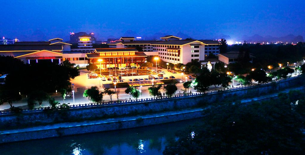 Hotel Grand Link 5*, Guilin