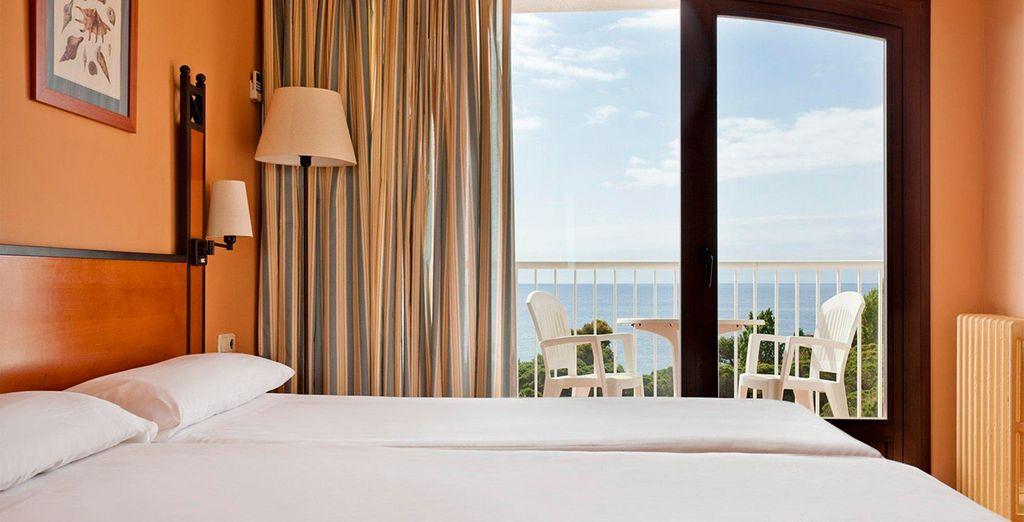 Con mejora a habitación con vistas al mar según disponibilidad