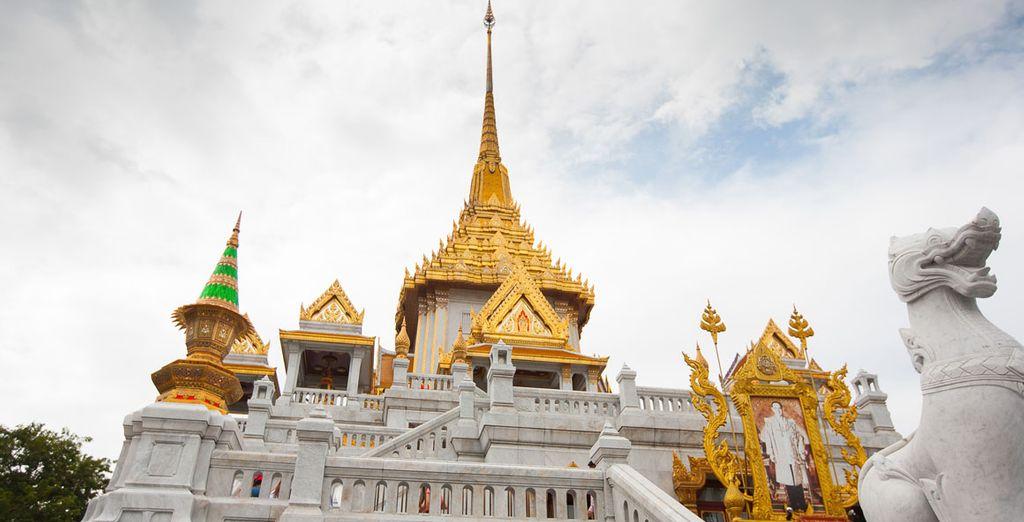 En su tercer día de visita, dedicado a templos y palacios, podrán visitar Templo Wat Traimit y su impresionante Buda de oro