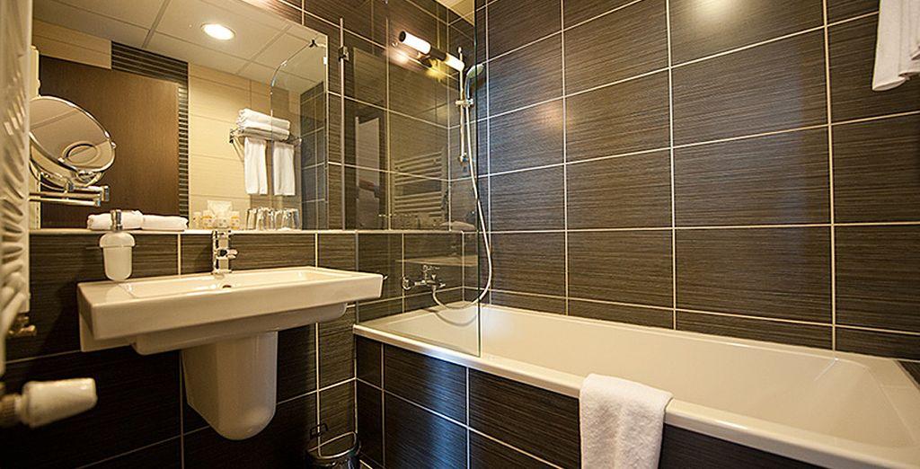 Con baño privado y moderno en la misma
