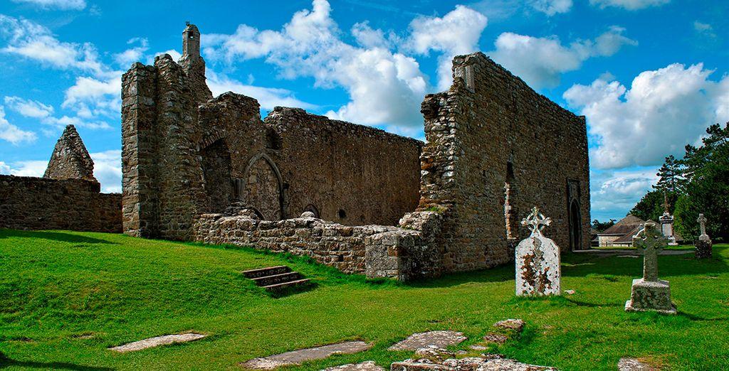 Déjate impresionar por el antiguo Monasterio de Clonmacnoise