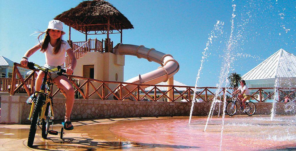 El resort también dispone de zonas para los más pequeños