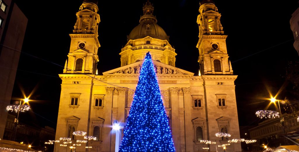 El mercado de Navidad se halla en la plaza Vieja en el casco histórico